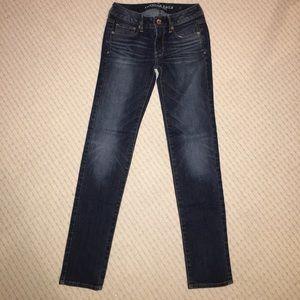 American Eagle skinny super stretch jeans size 2